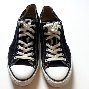 Converse All Star Low Sneakers Shoes Size 9 Black